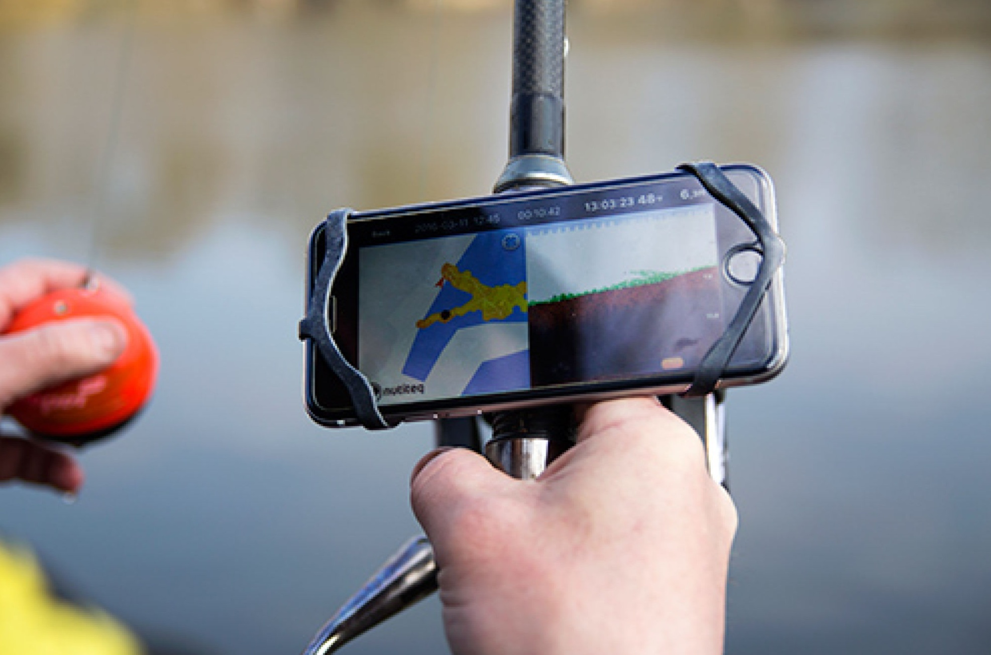 Top Devices To Choose From On This Deep Fish Finder Review